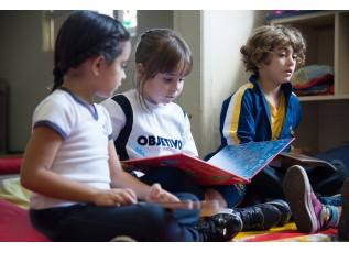 Como ensinar a seu filho que ler é um prazer